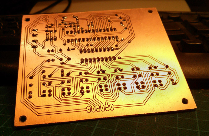 motor_control_pcb_isolation_routed